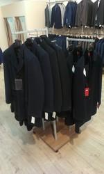 Торговое обрудование (стеллажи / мебель) для магазина мужской одежды
